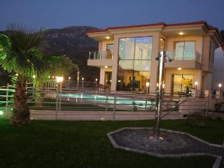 Villa Riveria Nr.1 in Türkei, Mahmutlar