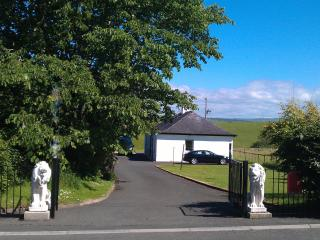ALLOWAY COTTAGE IN AYR