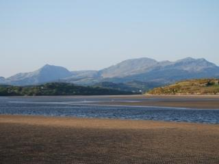 Dwyryd Estuary, with views of Snowdon less than 15 minutes walk away