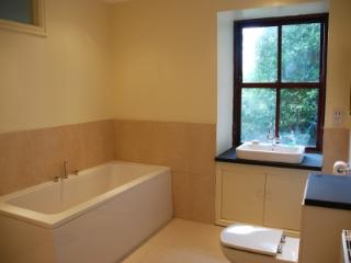 Family Bathroom, with underfloor heating