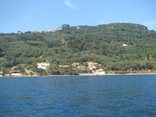 Villa Pelagia, Chlomos