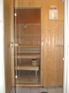 Three persons sauna for Finnish or Turkish style