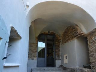 Traditional stone vault