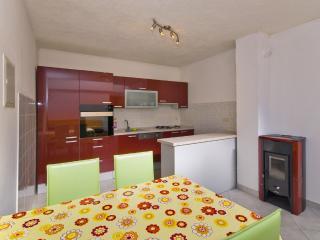 Apartment 2+2, Brela