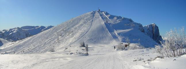 Nearby ski resort, the Feuerkogel