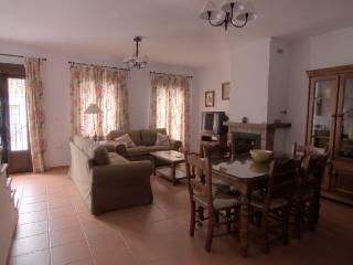 Casa Rural de 150 m2 de 4 habitaciones en Grazalem, Benamahoma