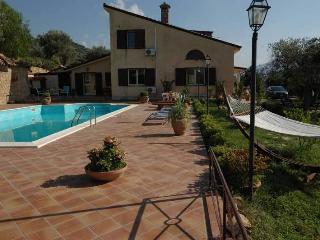 Relax in Sicily Villa Catarina, Pettineo