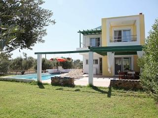 Villa-1, near the beach and the golf course of Rhodes, private pool-garden