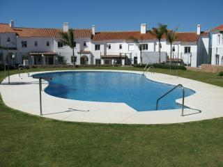 918 - 3 bed townhouse, Jockey Villas, La Cala, Fuengirola