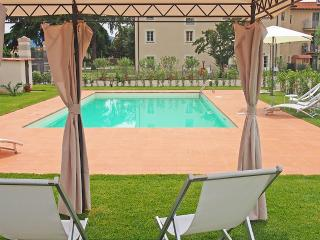 Lucca - Corte Berti farmhouse with pool 4+1 beds