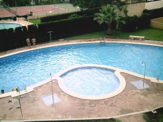 Apartamento en Oropesa con piscina