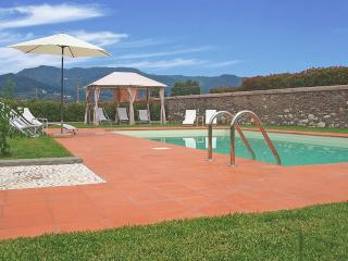 Lucca - Corte Berti farmhouse with pool 5+1 beds