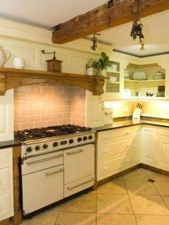 Kitchen with Double Range Oven/Hob