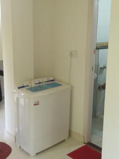 All white goods incl. a washing machine