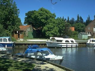 Broadside Chalet Park, Stalham