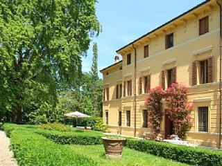 5 bedroom Villa in Sermide, Lombardy, Italy : ref 5229094
