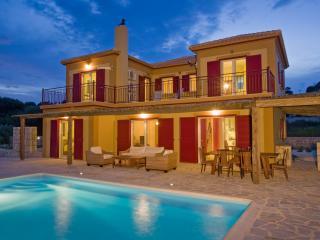 Villa Minos, Spartia