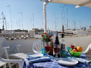 Solglime - Spacious Holiday Apartment, Monopoli