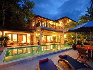 Stunning Beachside 3 bedroom Villa in Koh Samui with stunning 360 degree views