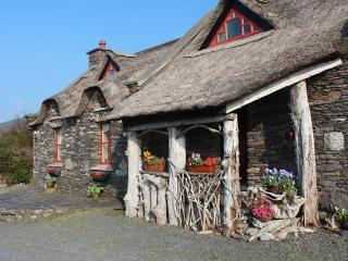 Ring Of Kerry Thatched Cottage, Glenbeigh