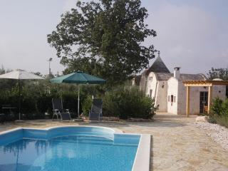 Trullo Beato - Romantic 1 bedroom trullo, Locorotondo