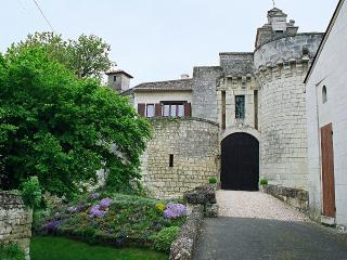 Bridge to main entrance to Chateau