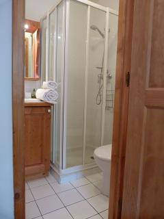 The ensuite shower for the double bedroom