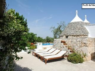 trulli del gelso - mare jacuzz, Ostuni