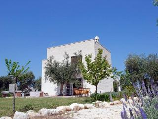 Torre dello Scarparello: Holiday Villas in Monopol, Monopoli