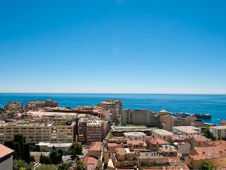 1 bed Duplex Apartment Monaco/CapD'Ail - 10 MINUTES WALK FROM GRAND PRIX TRACK, Monte Carlo