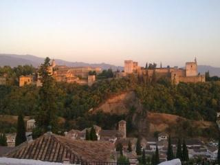 CASA EN PLENO ALBAYCIN  10PERS, Granada