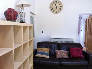 Lounge area Sky TV, Internet etc