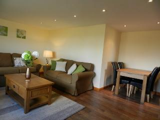 Exmoor Cottage Lounge and dining area