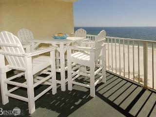 Clearwater 8C ~ Charming Beachfront Condo ~ Bender Vacation Rentals, Gulf Shores