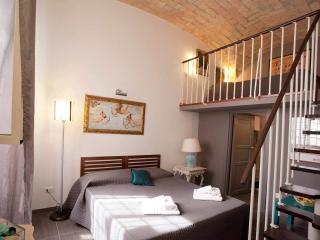 Vatican Museums beautiful  3 bedrooms apartment