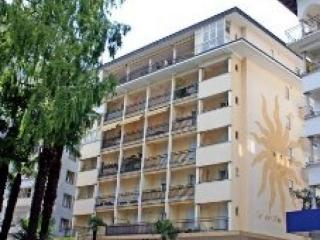 Ca del Soo, Large two bedroom apartment with balcony and lake view