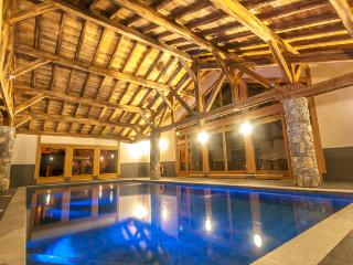 Chardons Argentes E2 - Centre of Samoens with swimming pool, 3 bedrooms