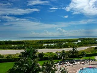 Beachfront condo w/ heated pool & unmatched views from two separate balconies
