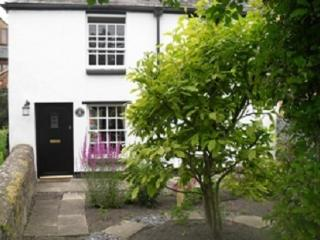 Beautiful country cottage in a pretty village, Bicester