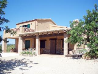 Mas de Forastera - large masia at 1,5kms from the beach
