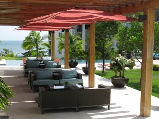 Amazing Beachfront Panama Apt