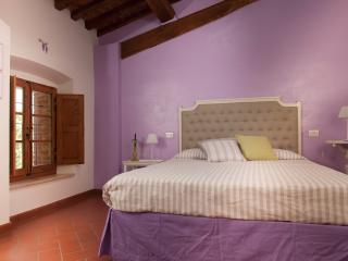 B&B Antico Granaione Wisteria bedroom, Rapolano Terme