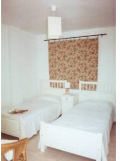 Rear twin room