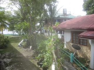 Sambag HideAway Aircon Bungalow