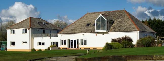 Haverfordwest Golf Club18 hole - 6002yds par 70 for men and 5260yds par 72 for ladies.