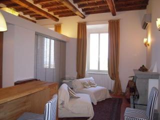 Ariccia (Roma) attico panoramico con terrazzo