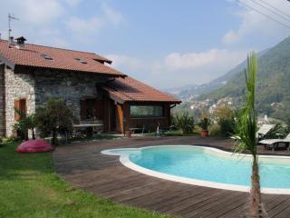 Villa Victoria sul lago di Como, Argegno