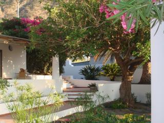 Casa Oleandro Pollara Is.eolie, Isola di Salina