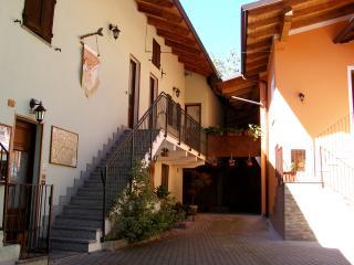 L'Antico Borgo Room Rental, Caprie