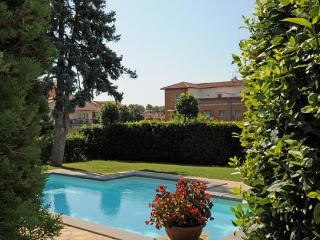 8 bedroom Villa in Bolsena, Lago Di Bolsena, Rome And Lazio, Italy : ref 2230334
